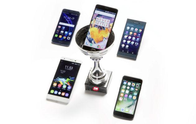 Apple iPhone -puhelimet hintaan 42,57 Apple iPhone 5 16 GB puhelin Apple iPhone SE 64GB puhelin