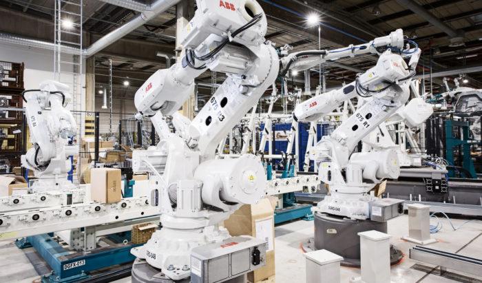 Kaikki alkaa olla valmista GLC:n korihitsaamossa. Robotit pääsevät tositoimiin vuoden 2017 ensimmäisellä neljänneksellä.