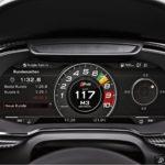 Audin virtuaalinen mittaristo korvaa perinteiset analogiset inst-rumentit täysin digitaalisella kokonaisuudella. Näkymää pystyy muokkaamaan, jotta se vastaisi kuljettajan mieltymyksiä. Mittariston lisäksi myös informaatiojärjestelmän käyttöliittymä on kehitetty Kanzi-työkalulla. Kuvassa on urheilumalli R8:n mittaristo.
