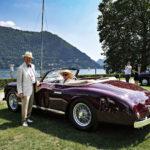 """Alfa Romeo 6C 2500 Super Sport (1951) oli tyylikkään amerikkalaisen pariskunnan eläkepäivien silmäterä. Mallinimen 6C viittaa kuusisylinteriseen rivimoottoriin. Se taas sopii kilpailukategoriaan """"Faster, Quieter, Smoother: Heroes of the Jet Age""""."""