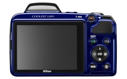 Nikon L810 takaa