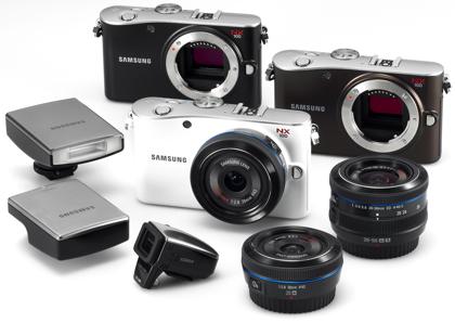 Samsung NX100 varusteet