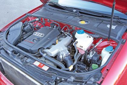 Audi A4 Moottori