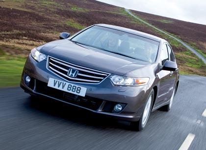 Honda Accord on ylemmässä keskiluokassa urheilullinen vaihtoehto.