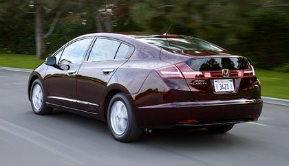 Honda FCX Clarity (100 kW): polttokennoautoa tarjotaan valituille asiakkaille.