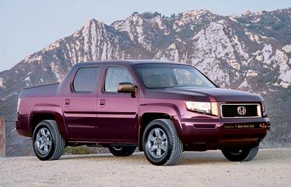 Honda Ridgeline (182 kW): avolava suhteellisen säästeliäällä V6-moottorilla.